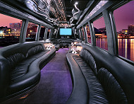 Tampa Party Bus rental. Town Car rentals Tampa.